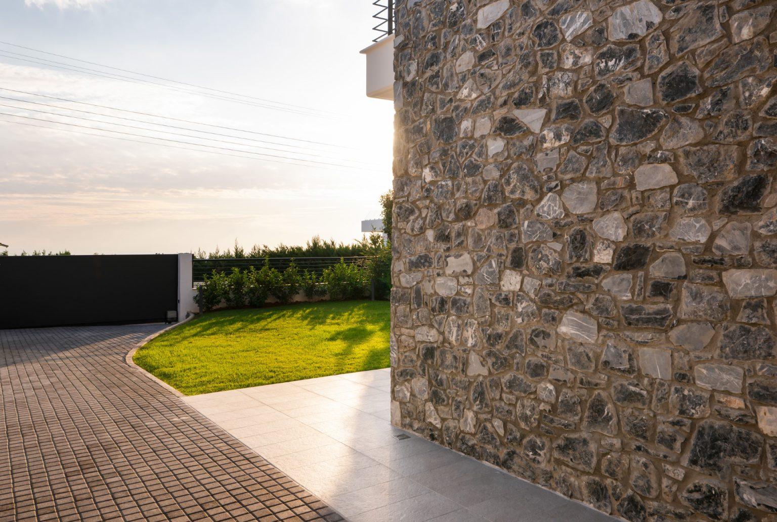 διαμόρφωση περιβάλλοντα χώρου πανόραμα θεσσαλονικη